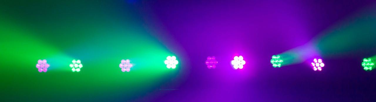 Tour LED 28 CM+W Zoom-2